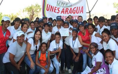 250 mujeres conmemoraron  Día Internacional de la Mujer