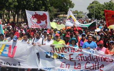 Juventud del Zulia marchó en respaldo a las  políticas del Gobierno Bolivariano