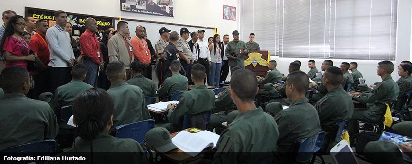 visual_visita_academia_militar_1