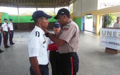 Realizado acto  de ascensos a delegados del PNF Servicio Policial y Bomberil