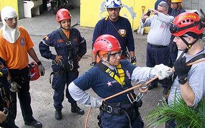 Aspirantes a TSU realizaron prácticas de rescate y salvamento