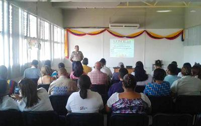 Realizado seminario metodológico UNES 2017