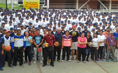 UNES se convirtió en escenario deportivo el Día del Desafío