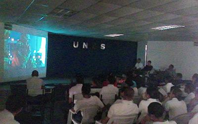 Discentes del CEFOUNES El Cafetal se forman en cine foro Brigada 49