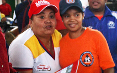 Discentes larenses beneficiados con becas de FUNDAYACUCHO